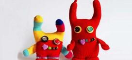 1433890603631 272x125 - اموزش تصویری درست کردن عروسک با دستکش