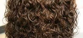 144788572971 272x125 - راه های ساده فر کردن مو در خانه