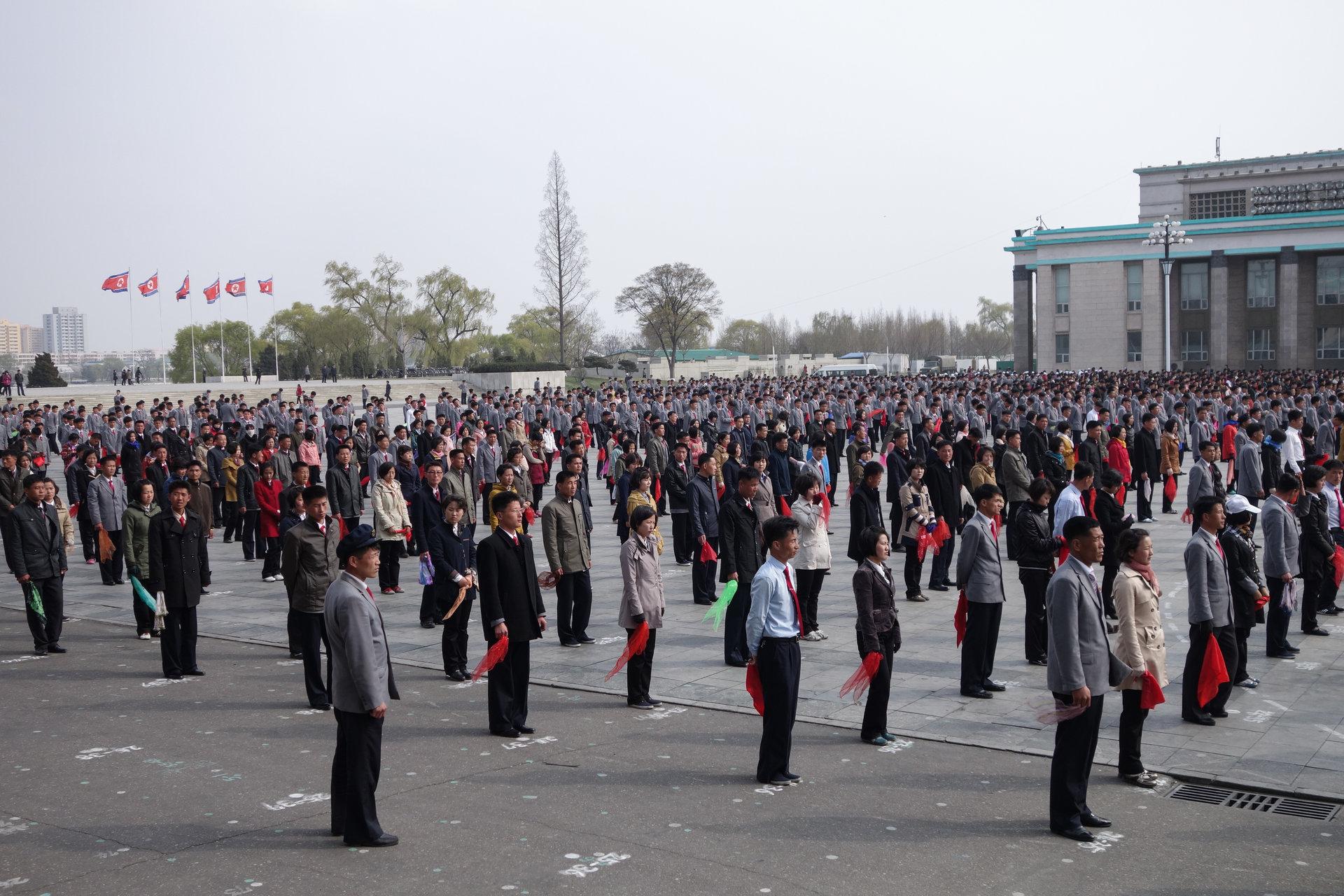 11 18 - تفاوت کره شمالی و کره جنوبی از روی عکس