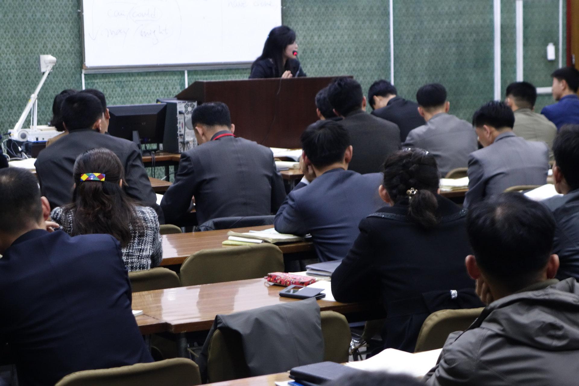 9 19 - تفاوت کره شمالی و کره جنوبی از روی عکس