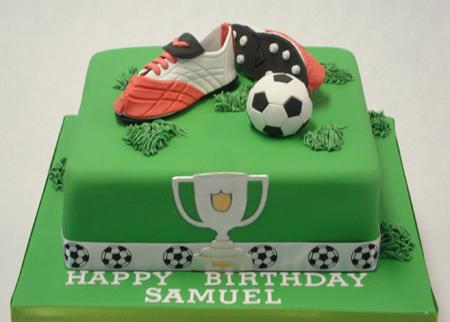 کیک زمین فوتبال,کیک ویژه تولد