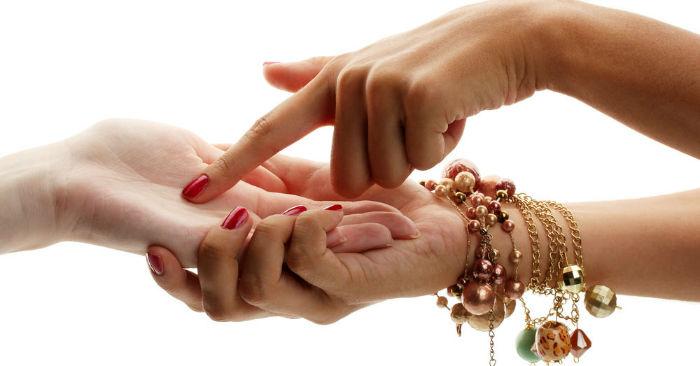 chiromantija 5360f9289b608 w700 - معنای خطوط کف دست چیست