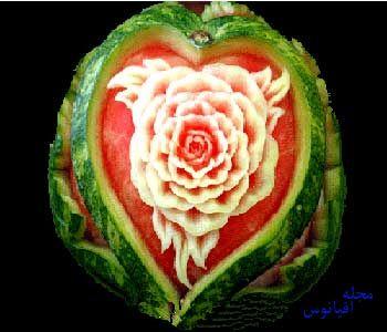 hou504 - تزیین هندوانه به شکل گل برای شب یلدا
