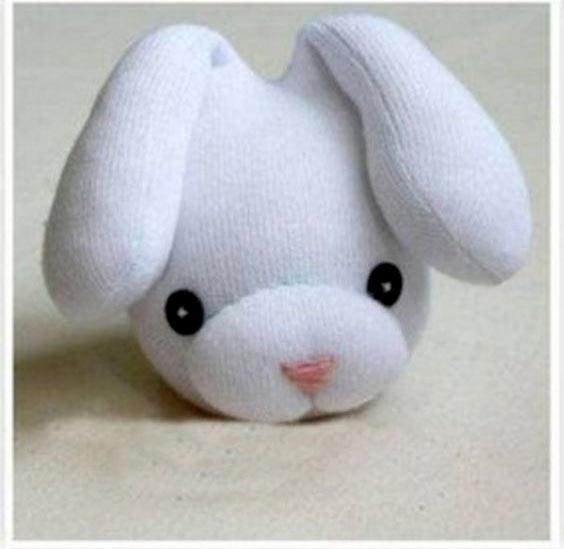 عکس مراحل درست کردن عروسک جورابی خرگوش فانتزی