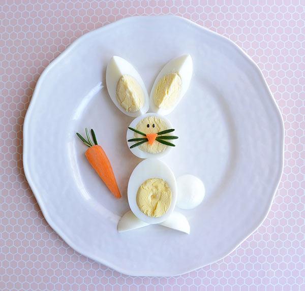 عکس تزیین تخم مرغ پخته به شکل خرگوش