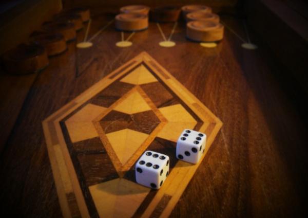 بازی تخته نرد و قوانین آن