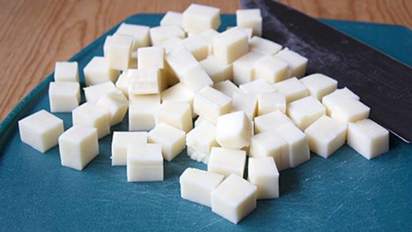 مکعب های پنیر