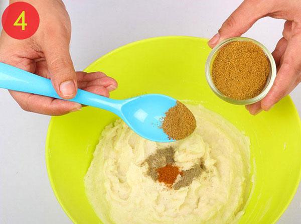 مرحله 4 تهیه توپک پنیری سوخاری
