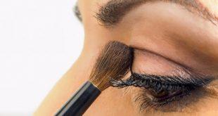 makeup 3 310x165 - اشتباهات هنگام کشیدن سایه زدن به چشم