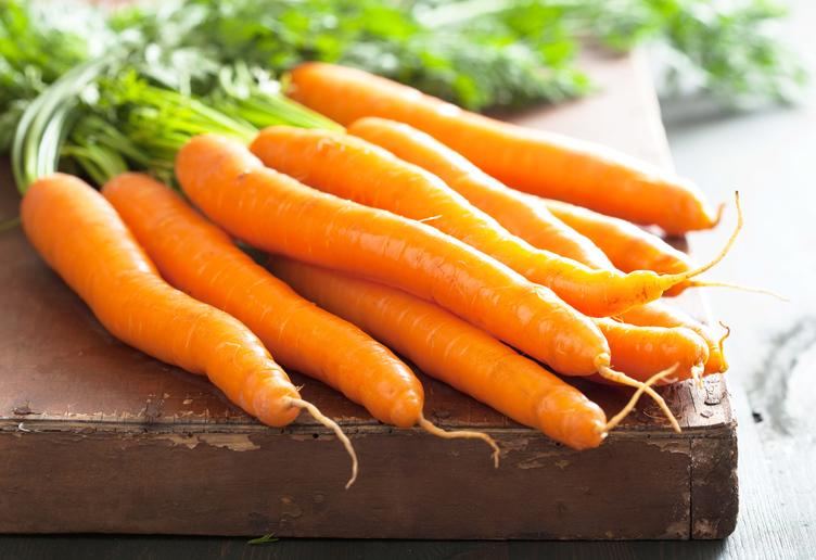 خوراکیهای مفید و مضر برای دندان