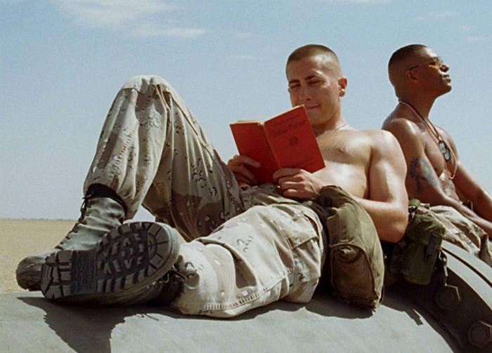 gyllenhaal shirtless jarhead-w700