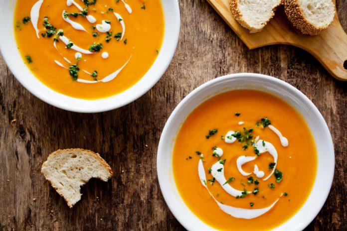 دستور تهیه سوپ هویج و سیب زمینی