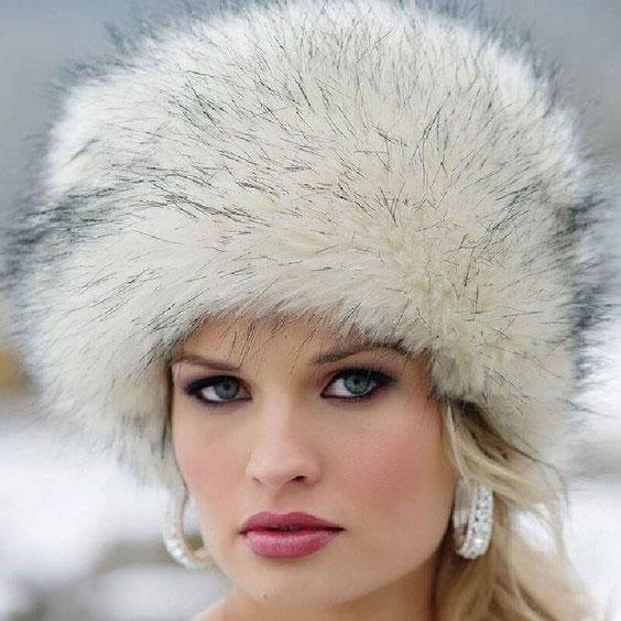 مدل کلاه بافتنی دخترانه مناسب فرم صورت بیضی