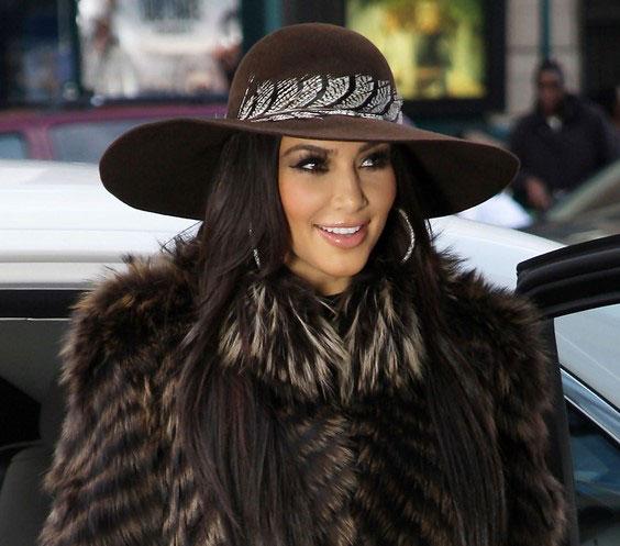 مدل کلاه بافتنی دخترانه  مناسب فرم صورت گرد