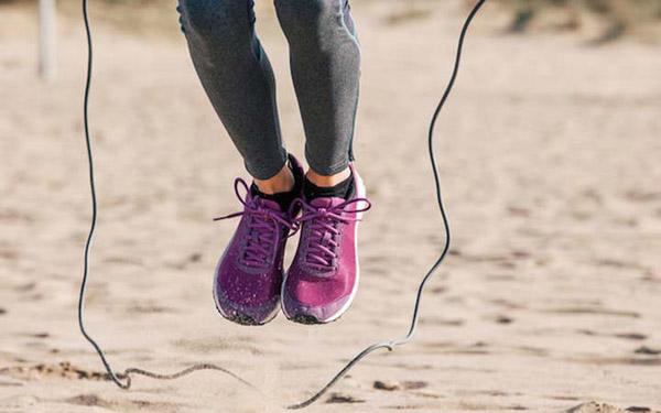 حرکت طناب زدن