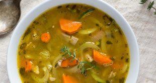 189348 735 1 310x165 - طرز تهیه سوپ مرغ به ۳ روش برای درمان سرماخوردگی
