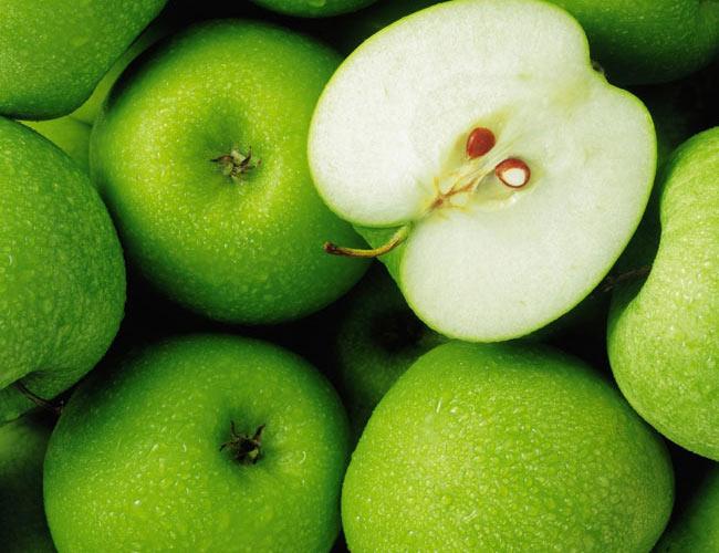 مزایای سیب برای پوست