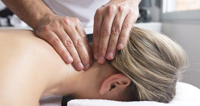 درمان گردن درد با ماساژ