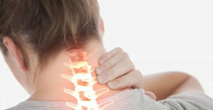 علت دردهای گردنی، فشار وارده بر عضلات گردن است.