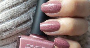 nail  310x165 - رنگ لاک مناسب برای فصل زمستان