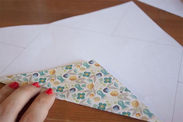 عکس درست کردن پاکت پول با کاغذ کادو