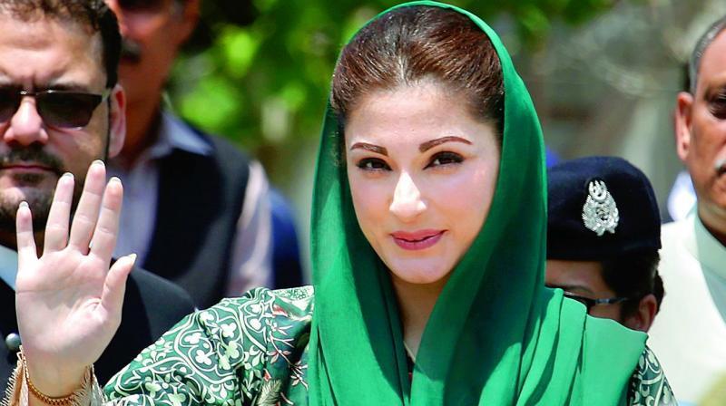 97 09 c16 37 - زیباترین و جذاب ترین زنان سیاستمدار جهان
