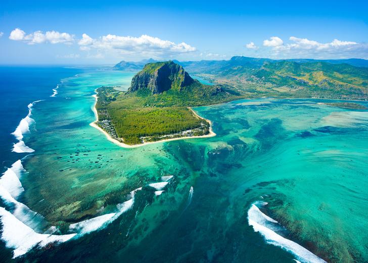 island 2 - جزیره های استثنایی و مرموز و پر رمزو راز