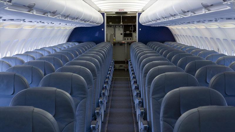 چرا رنگ صندلی های هواپیما آبی است؟