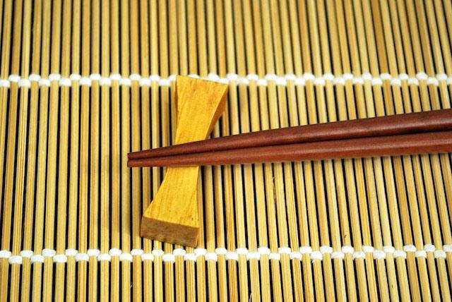 mourning 7 - رسم و رسومات عجیب مراسم خاکسپاری