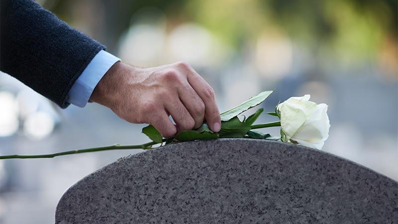 mourning - رسم و رسومات عجیب مراسم خاکسپاری