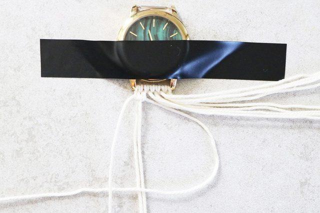 watch 14 - آموزش تصویری بافت بند ساعت با کاموا