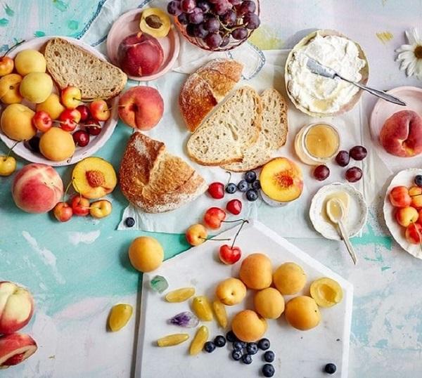 میز صبحانه سالم برای عروس و داماد