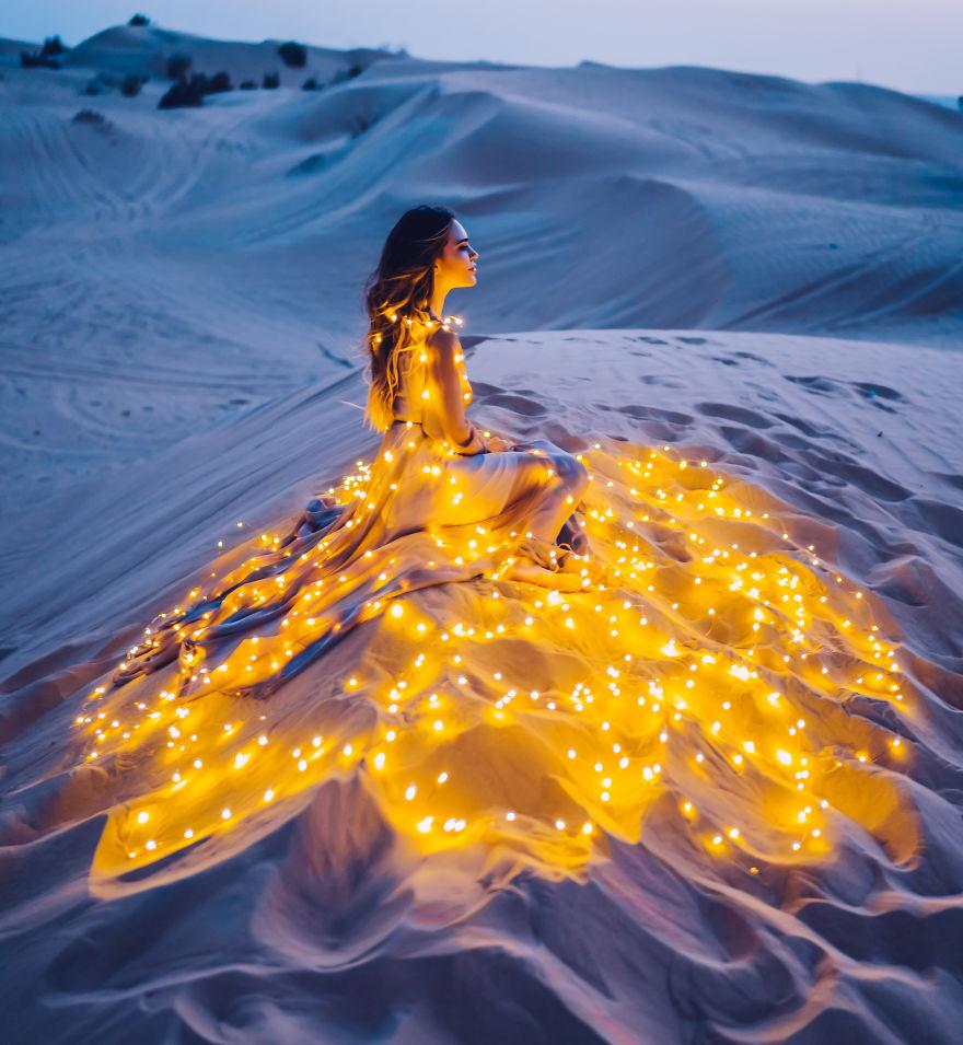 2 7 - لباسهای زیبا و طراحی بینظیر در زیباترین مکانهای گردشگری دنیا