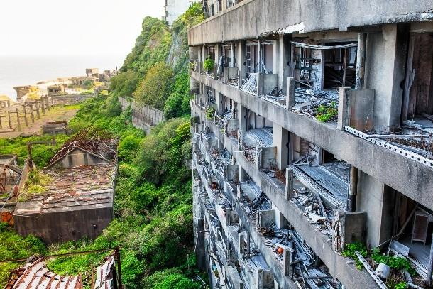1 4 - مکانهای ترسناک در دنیا که باید دید