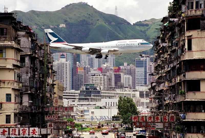 10 Most Dangerous Airports In The World 002 - خطرناکترین باندهای فرودگاه جهان