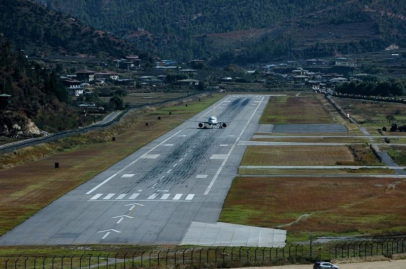 10 Most Dangerous Airports In The World 003 - خطرناکترین باندهای فرودگاه جهان