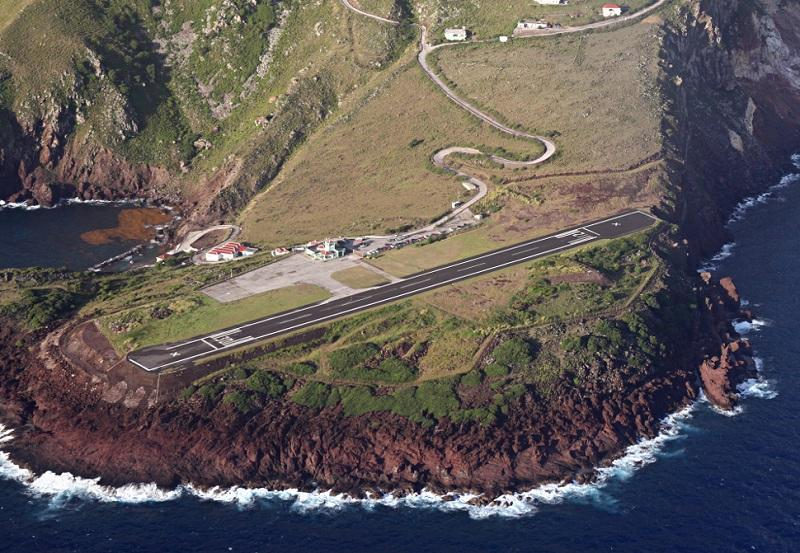 10 Most Dangerous Airports In The World 007 - خطرناکترین باندهای فرودگاه جهان