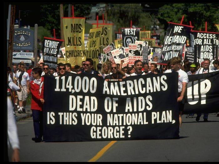 14 5e3dd2fadf2f6634e5547fb4 - مرگبارترین بیماری های شیوع یافته دنیاگیر در طول تاریخی