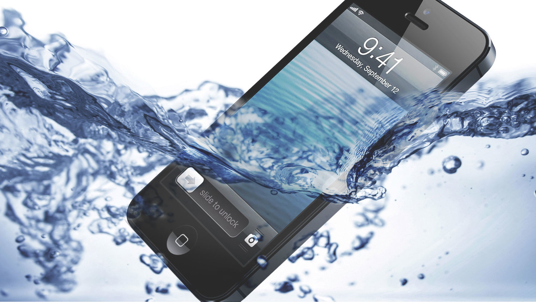 wateriphone6 - خشک کردن گوشی و لپ تاپ و یا تبلتی که توی آب افتاده