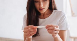 5e67b17ff0b61064fe513a6b 310x165 - چند نوع تست بارداری وجود دارد؟دقت تستهای بارداری