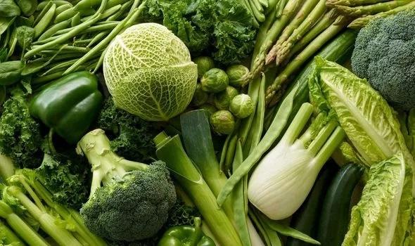 2 Incorporating fresh vegetables into your diet can have many health benefits 2460898 - استفاده از رژیم غذایی وگان (گیاهی) برای لاغری