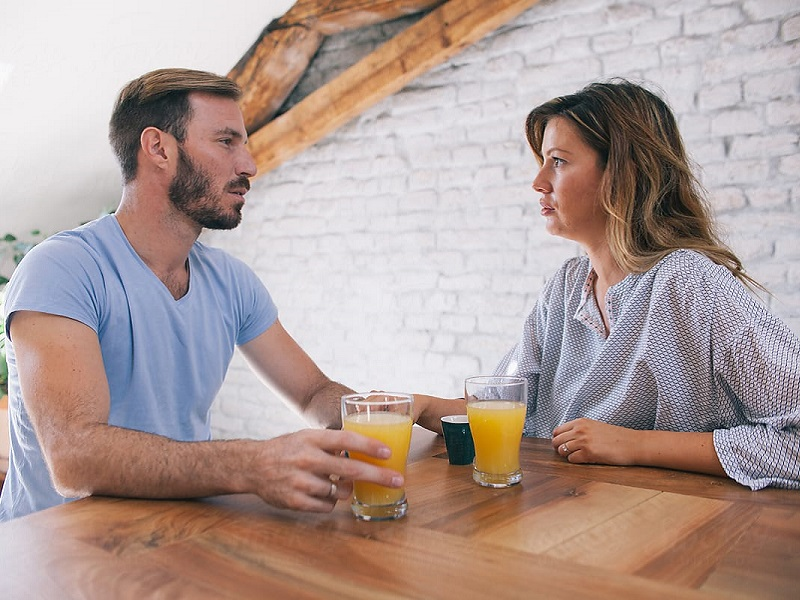 6 1564390 - کارهایی که نباید بعد از رابطه جنسی انجام داد