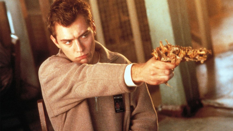 existenz 1999 david cronenberg recensione 01 - فیلمهای علمی تخیلی جالب و چالش برانگیز