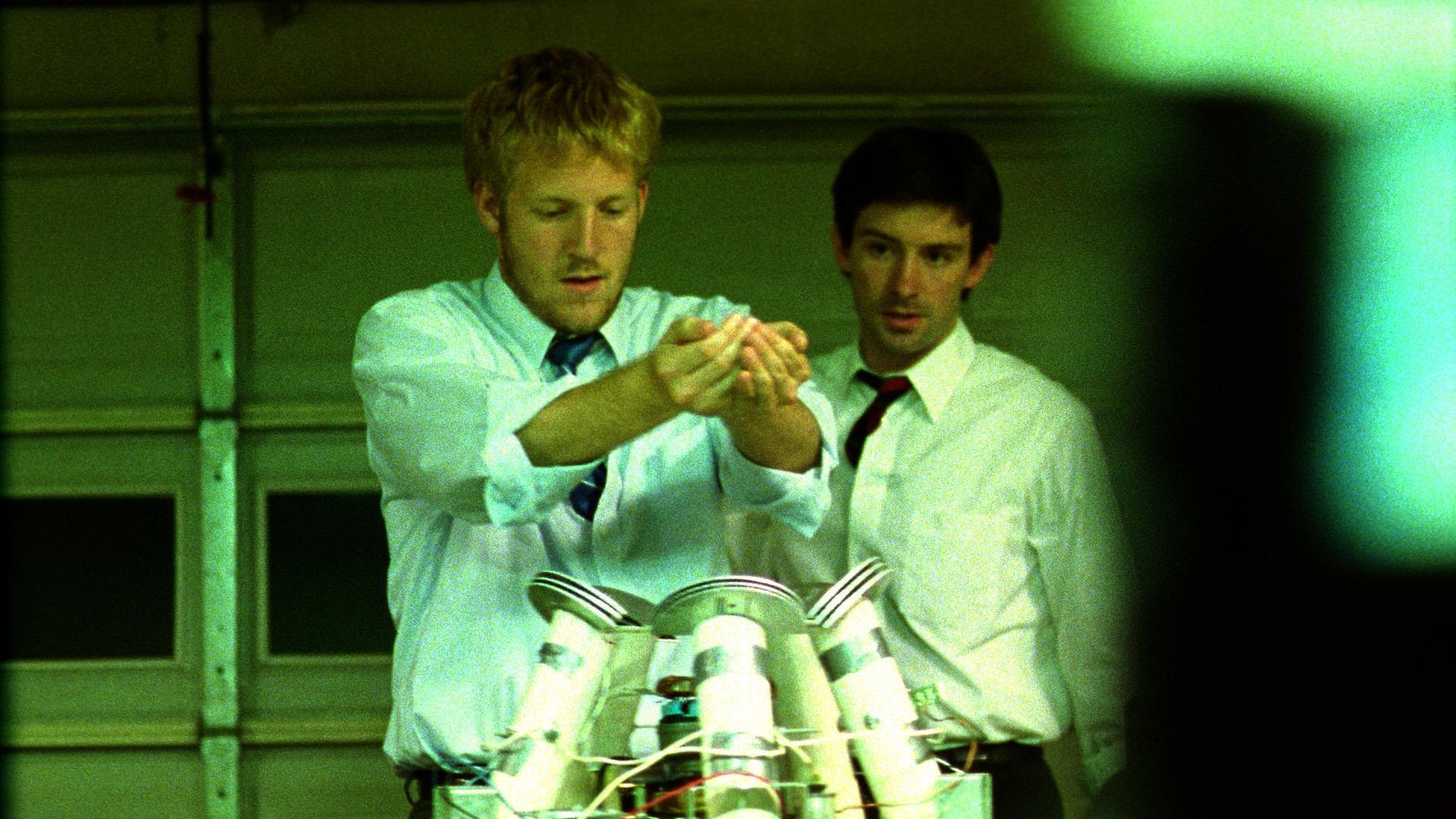 primer featured - فیلمهای علمی تخیلی جالب و چالش برانگیز