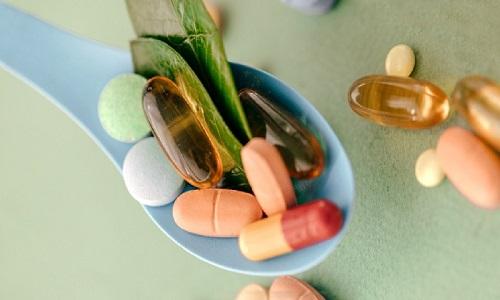 2546976 582 - گیاهان دارویی برای درمان افسردگی